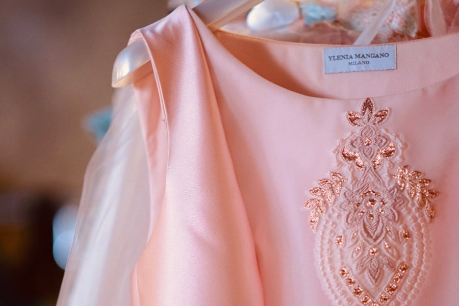 Abito rosa della stilista Ylenia Mangano