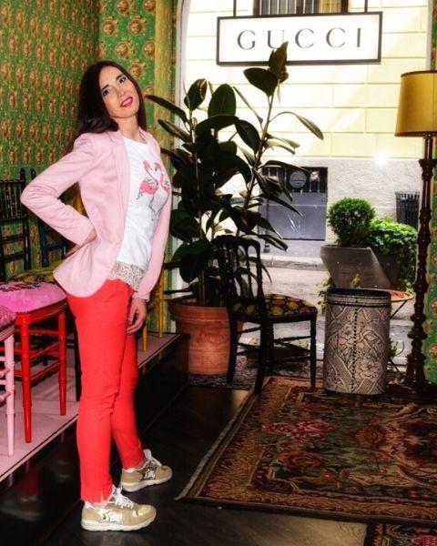 pantaloni colori fluo, trend moda estate 2020